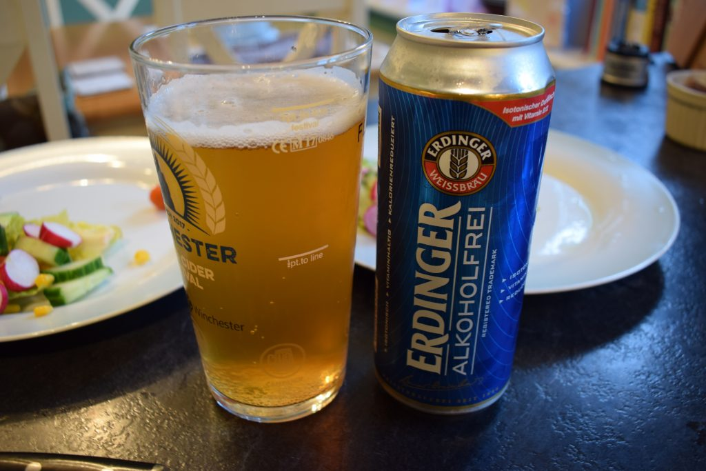 Erdinger Alcoholfrei can and glass