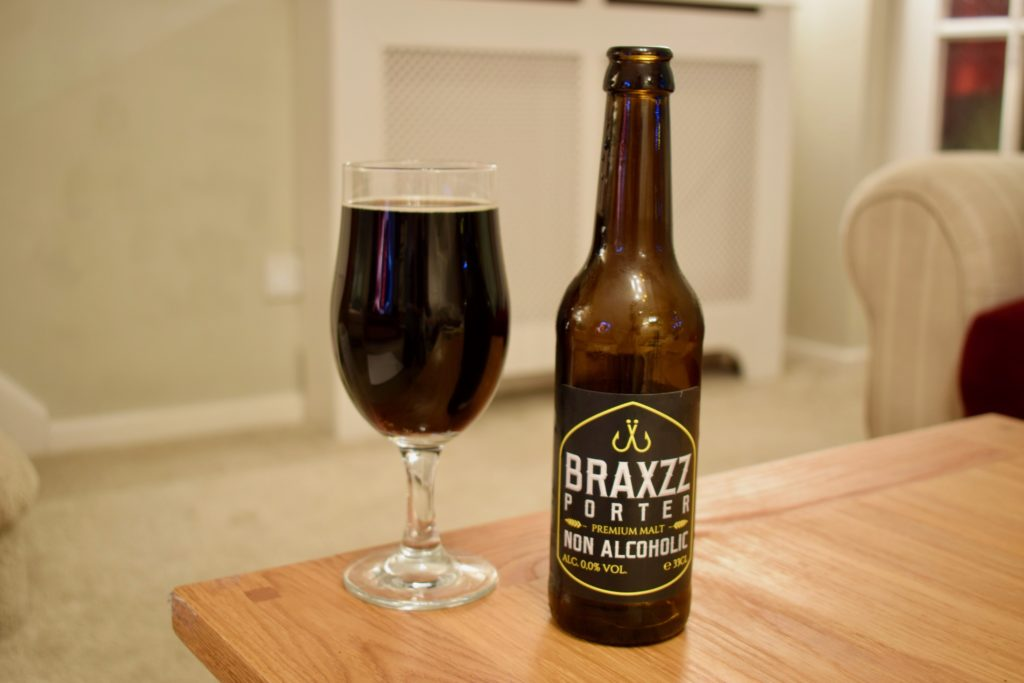 Braxzz Porter alcohol-free beer with glass