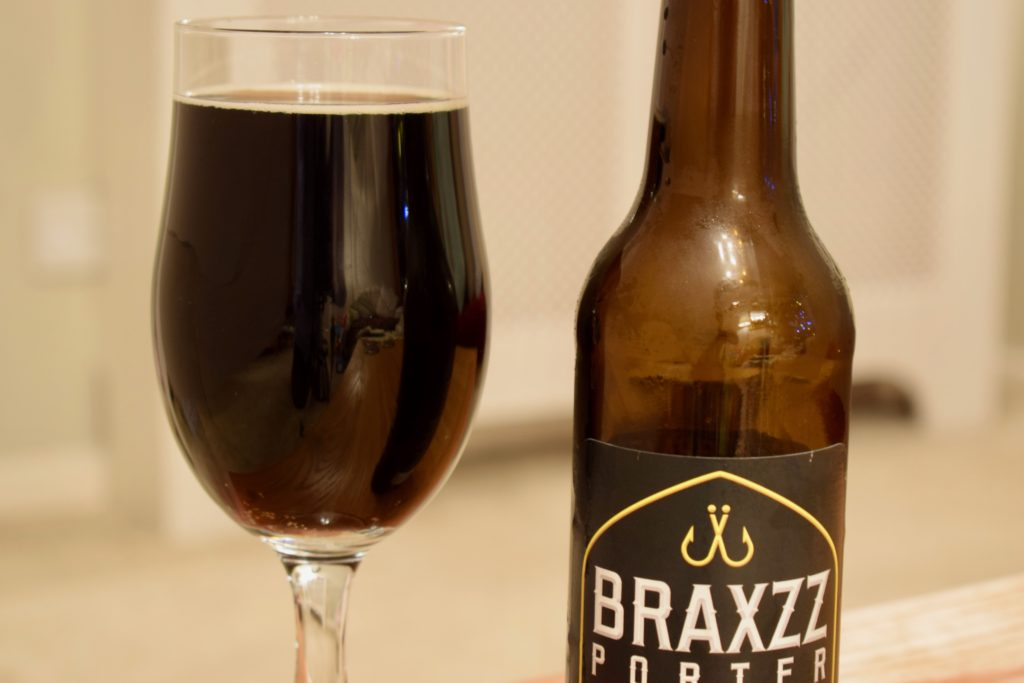 Close up of Braxzz alcohol-free Porter
