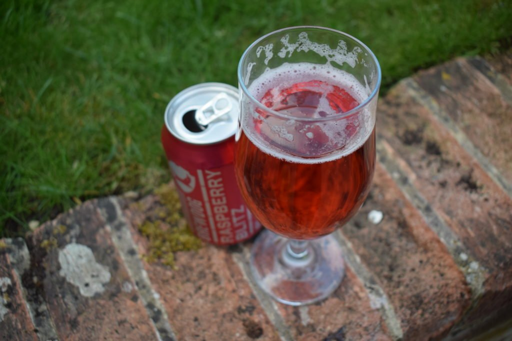 Brewdog Raspberry Blitz can and glass