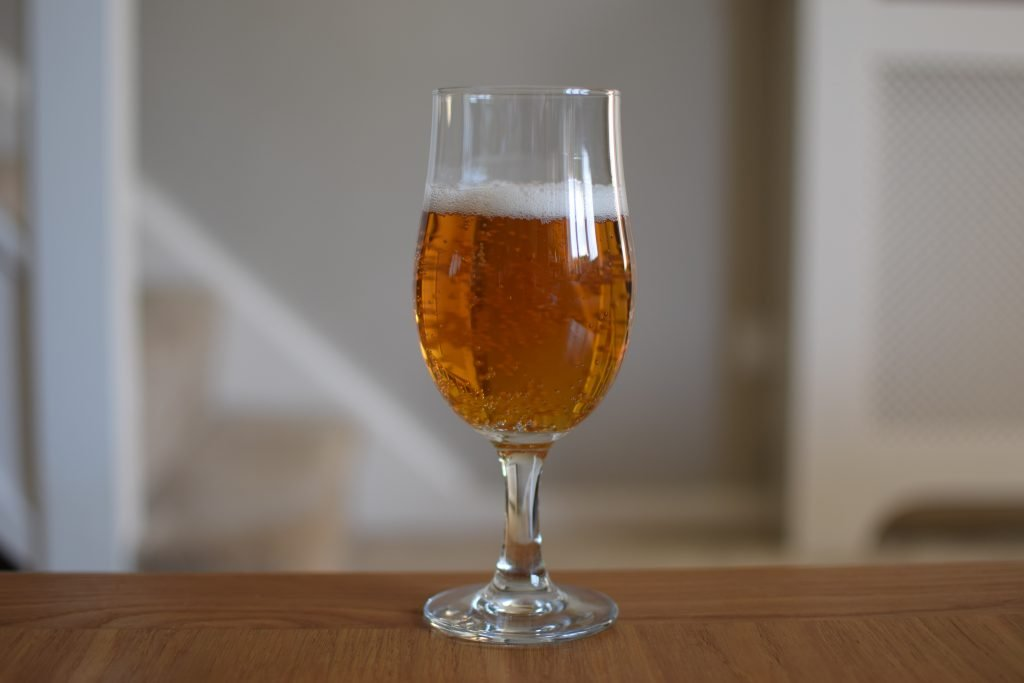 Glass of Leffe Blond 0.0