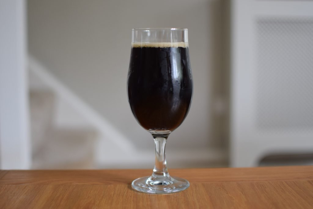 Glass of Lowtide/C84 Who Let the Bees Stout