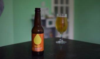 Bottle and glass of Big Drop Fieldhopper