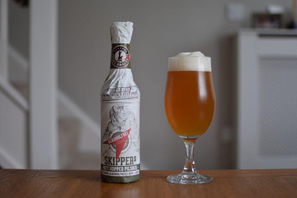 Insel Skipper's non-alc pilsner bottle and glass